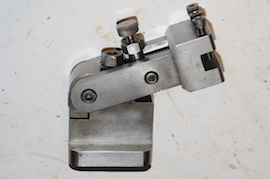 Swing retractable tool post thread cutting lathe for sale